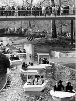 Reger Andrang im Stadtgarten bei der Bundesgartenschau 1967. <br />Foto: StadtAK 8/PBS oXIIIc 156